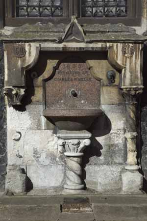 Melly's Fountain - Guildhall